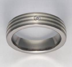 Titan Ringe mit Feinsilber mit Brillant T12-0556.31