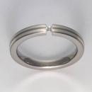 Titan Ringe mit Feinsilber mit Brillant T12-0533.32